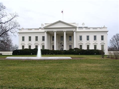 how many people work in the white house tour the white house top places to see in washington d c