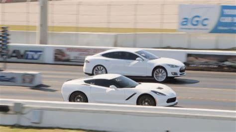 tesla drag tesla model s p85d vs chevrolet corvette c7 stingray drag