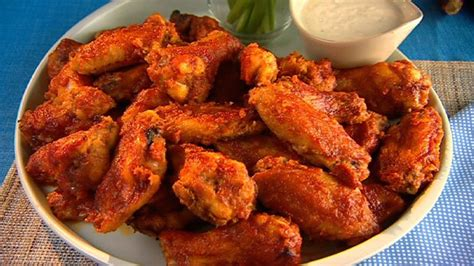 Buffalo Wings Gardens by Pin By Sim On All Fave Recipes