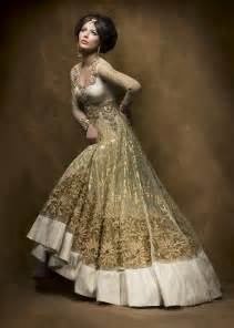 indian dresses for weddings gold and silver indian bridal dress indian weddings
