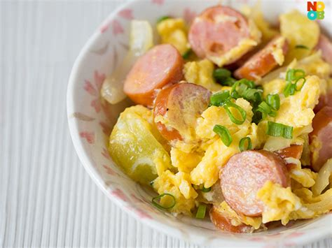 can dogs scrambled eggs scrambled egg with cheese and hotdog recipe page 2 of 2 noobcook
