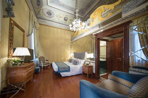 fairy tale living in milan hotel hotel colombina venice officiale site luxury hotel in