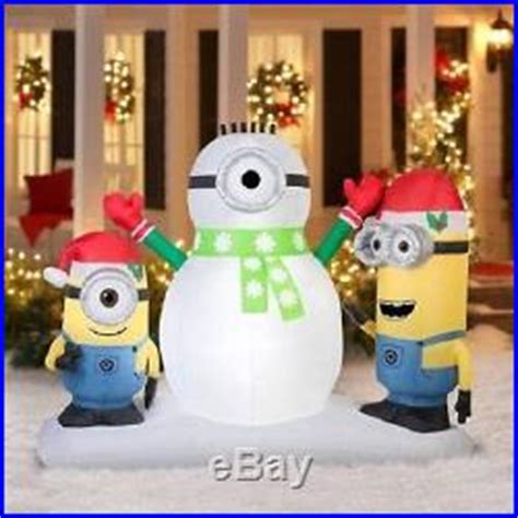 minion outdoor christmas decor outdoor display minions 7 lawn decorations home decor world