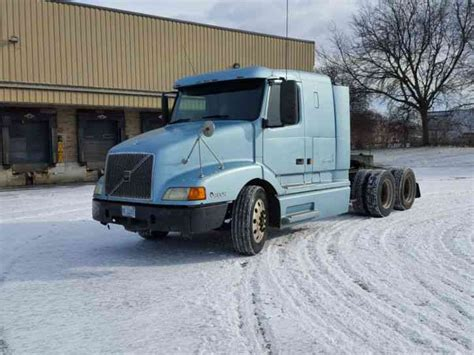 volvo truck 2003 volvo 2003 sleeper semi trucks