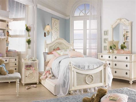 Modern Chic Bedroom Decorating Ideas by Decorating Ideas For Shabby Chic Bedrooms Room
