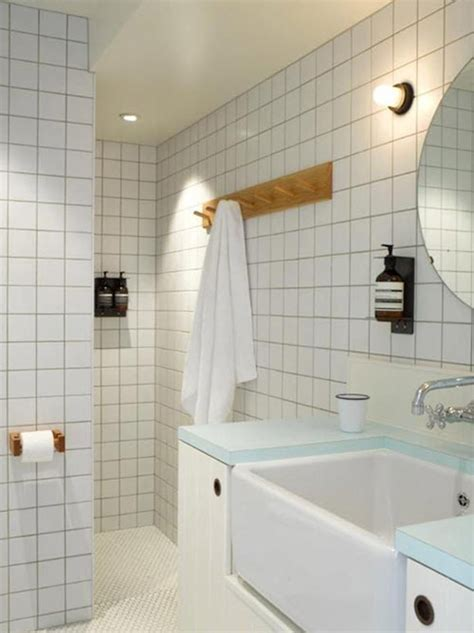 white bathroom tiles ideas  pictures