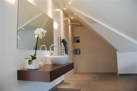 Bathroom Design Eaves Minimal And Ensuite In Eaves