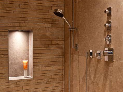 beleuchtung nische dusche spots f 252 r badezimmer und dusche bauforum auf