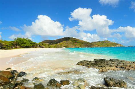 mustique island caribbean luxury yacht charter