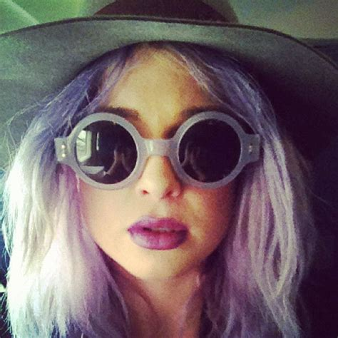 kelly osbourne lavender hair color kelly osbourne s purple hair and matching sunglasses