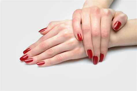 Standar Manicure nails by nasy mobile manicure services in crawley