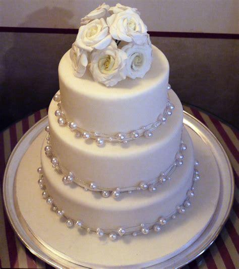 Hochzeitstorte Ideen by White Wedding Cakes Planning Project Wedding Forums