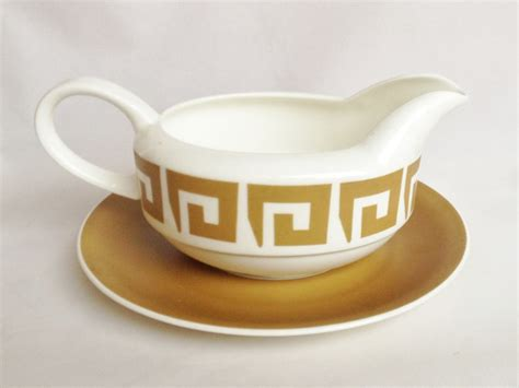 disney gravy boat uk nivag collectables wedgwood keystone gravy boat and plate