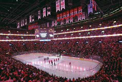 bell center red section the roar of the bell centre my montreal canadiens arena
