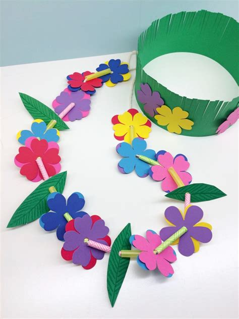 craft projects for toddlers craft for hawaiian grass crown