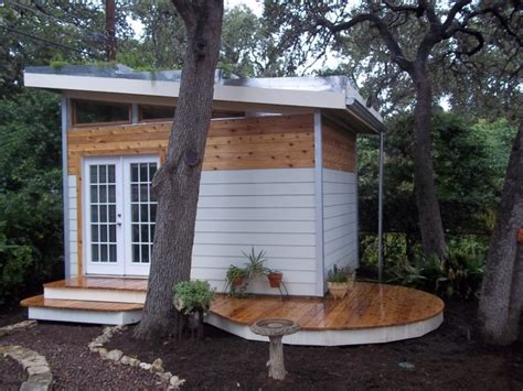 Living Roof Shed by Studio With Living Roof