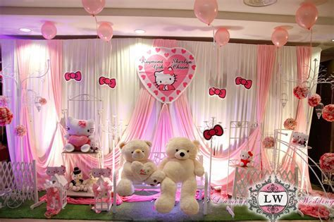 Hello kitty photo booth. Decoration