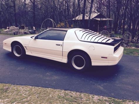 auto air conditioning repair 1986 pontiac firebird electronic throttle control beautiful 1986 white firebird trans am t tops red grey interior automatic for sale in brighton