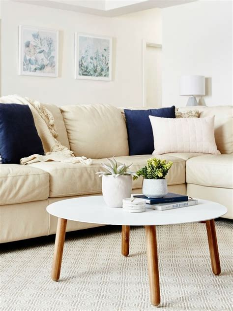cream leather sofa paint the best cream leather sofa ideas holiday on cream painted