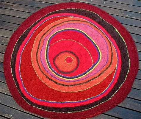 hooking rugs with yarn hooked rug from recycled t shirt yarn crochet rug