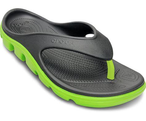 Sandal Crocs Duetsport Flip Diskon crocs unisex duet sport flip flop shoes