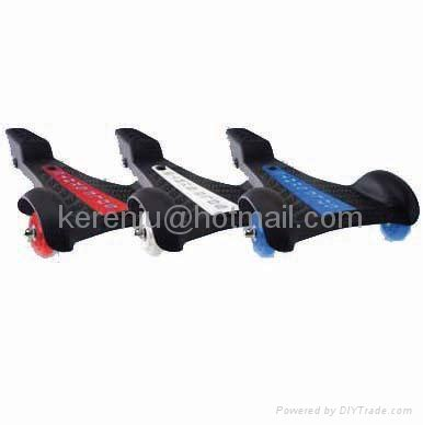 Sole Skate Skateboard Segitiga sole skate skateboard with 3 wheels china manufacturer skiing skating sport products
