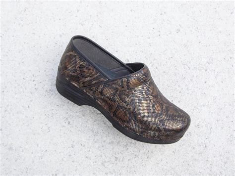 are dansko clogs comfortable all hail the return of clogs the most comfortable it