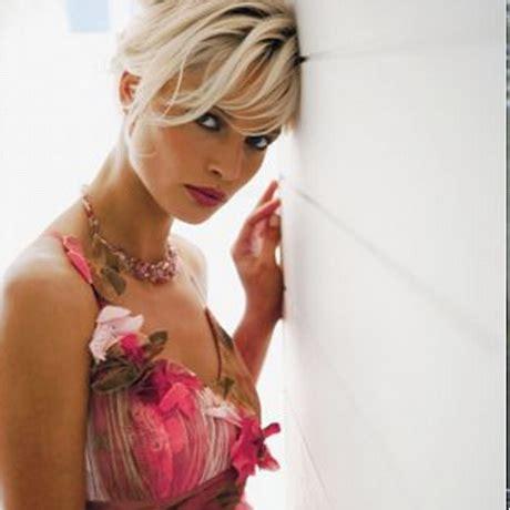 Hochzeitsschuhe Farbig by Hochzeitskleid Farbig