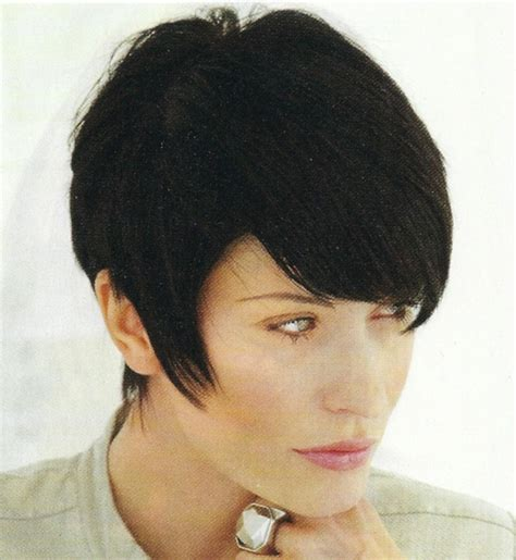 layered wedge bob haircut pictures short layered wedge hairstyle short hairstyle 2013