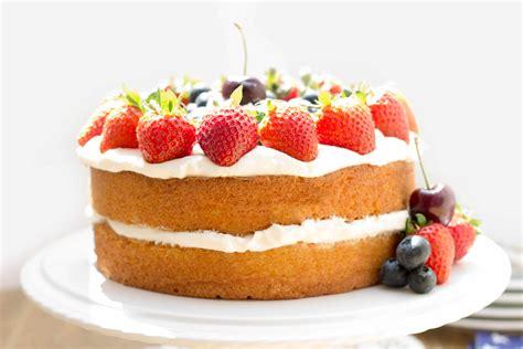 patriotic vanilla sponge cake white and blue