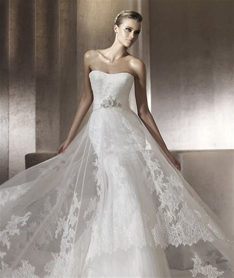 wedding dresses el paso dress of the week the magazine the wedding