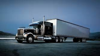 18 Wheels Truck Driver Automation Self Driving 18 Wheeler Trucks Forecast For