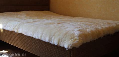 lammfell bettdecke lammfell bettauflage matratzenschoner unterbett bettfell