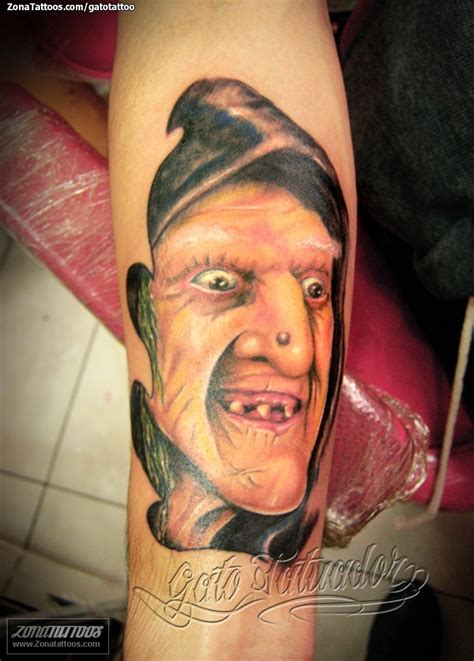 tatuajes de dise 241 o noche de brujas una luna con tattoo pictures to pin on pinterest