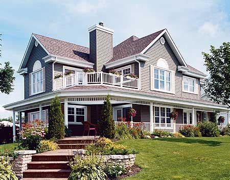 homes with wrap around porches country style 25 best ideas about wrap around porches on pinterest