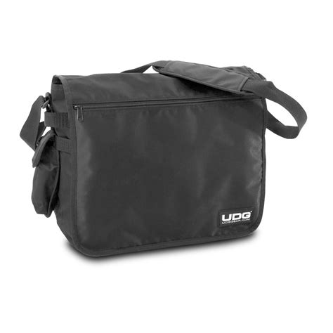 Tas Kaneki Ultimate Black udg u9450 ultimate courierbag black keymusic
