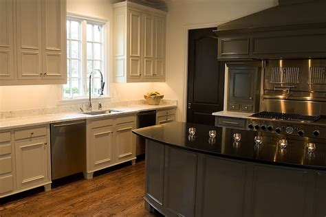 Two Tone Kitchen   Transitional   kitchen   Driscoll Design Group