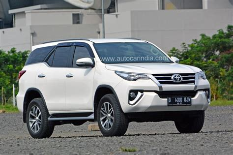 Toyota Cars In India New Toyota Fortuner Spied In India Autocar India