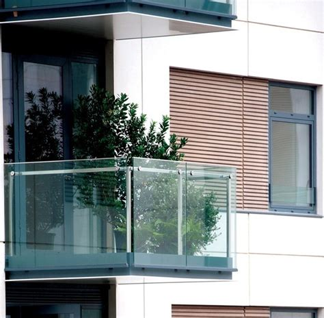Railings on the balcony ? stainless steel, wood or glass