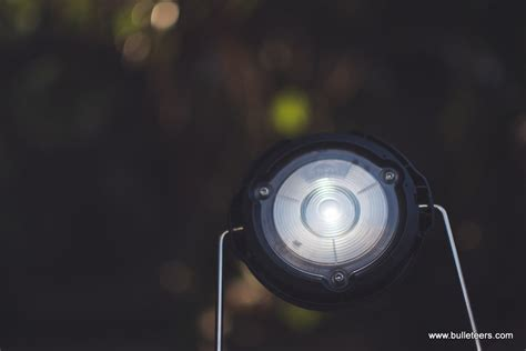 solar light review bulleteers review the dlight solar lights s2 and s20