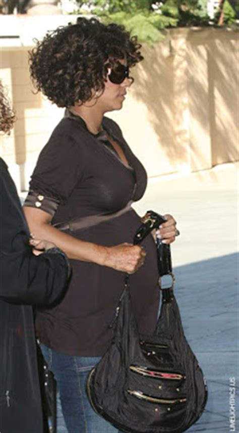 can u get a tattoo while pregnant celebhaterz 169 pics details halle berry gets a