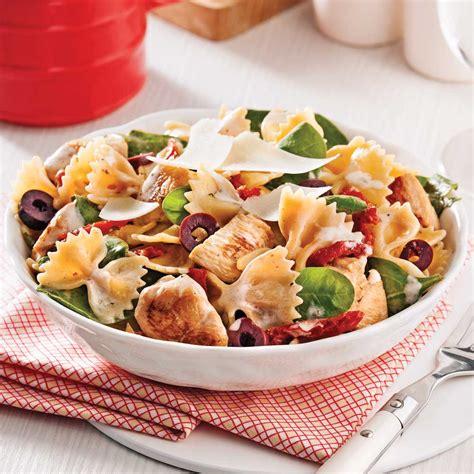 tomates cuisin馥s salade ti 232 de de farfalles au poulet et tomates s 233 ch 233 es