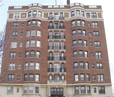 show apartment a look at detroit s garden court apartments culture