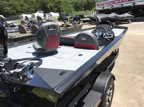 used fishing boats for sale in knoxville tn center console new and used boats for sale in tennessee