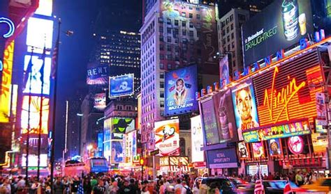 shopping dress di times square top 10 new york city shopping locations