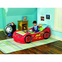 lightning mcqueen tool bench this is the bed cam has but it s a twin not a toddler bed