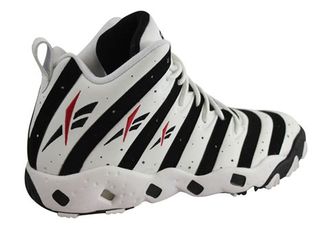 basketball shoes of the 90s best basketball shoes of the 90s 28 images greatest