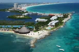 Mirror Ironing Board Hotel Club Med Cancun Yucatan Cancun