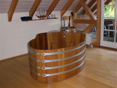 baignoire balneo bois baignoire bois duo 168 x 106