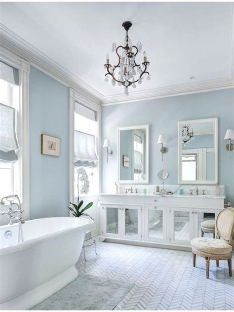 bathroom with blue walls 25 best ideas about blue white bathrooms on pinterest